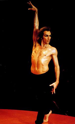 舞踊家のジョルジュ・ドンさんは好きでしたか? (^。^)b