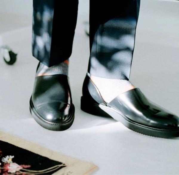 こういう形の靴を何というのか教えて頂きたいです!