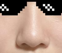 自分の鼻ってでかいですよね? いちご鼻ですみません。。
