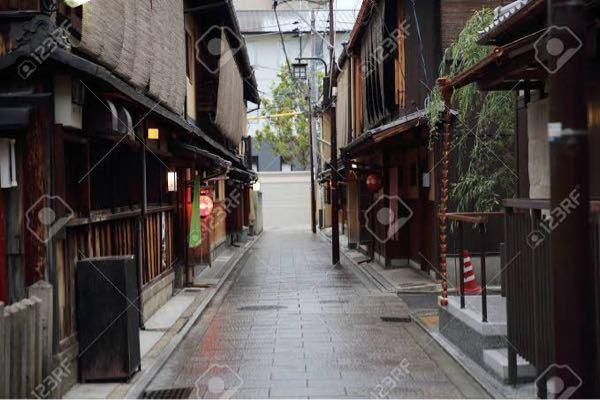 東京または神奈川で、こういう京都のような昔ながらの下町はありますか?何個か教えてほしいです。