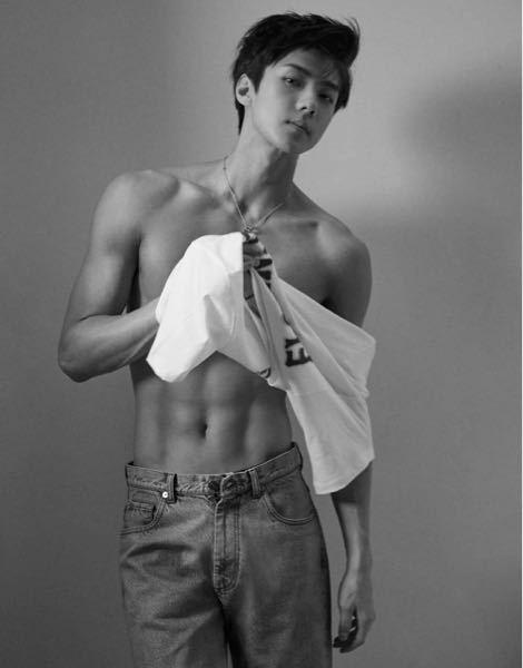 セフンさんって今でもこのくらい筋肉ムキムキなんですか? EXO exo sm