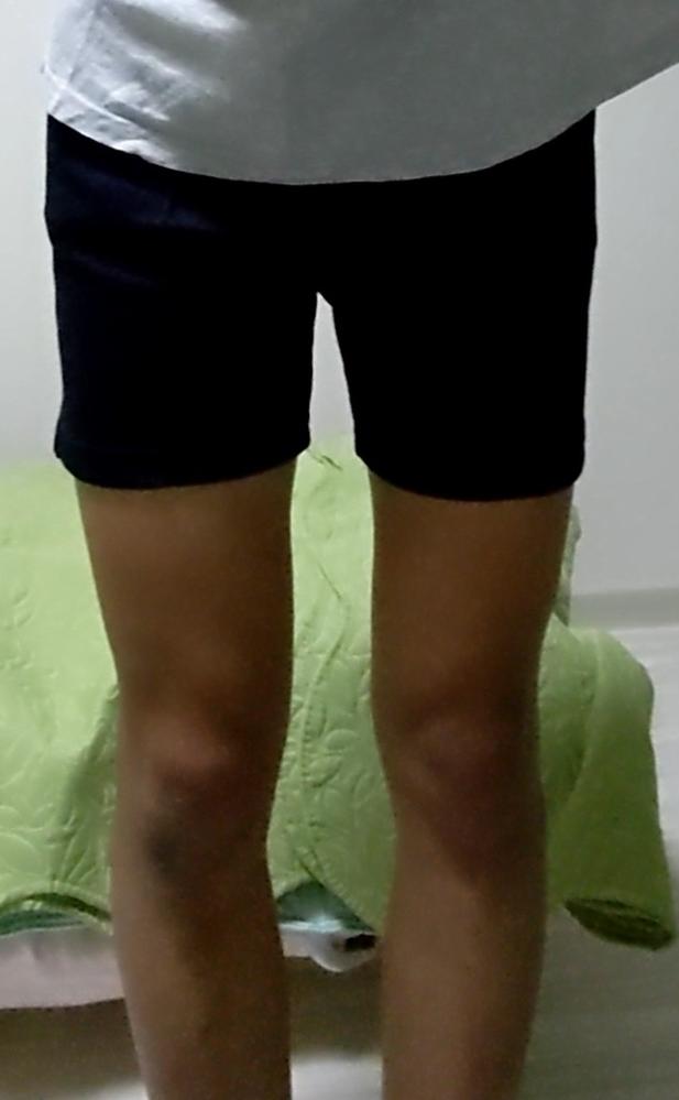 これ自分なんですがこの体操ズボン短い方ですか? 高1 男子です。