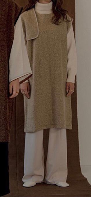 豊洲のチームラボに行く予定です。 画像の様な服装はやめた方がいいですか。 早めに回答頂けると嬉しいです。