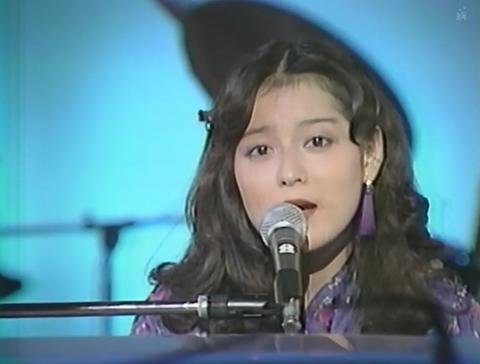 番外編13、久保田早紀さんの『異邦人』。私は子供の頃聴いて、これまで聴いてた曲調と違い、すごく耳に残ってます。『異邦人』好きでしたか('_'?)好きですか('_'?)