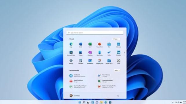 PCショップ店員でさえも11は否定する派なの? どうもWindows11については話題になりませんね。PCショップの店員なども恐らく11は今様子を見た方が良いと言うと思います。10と11はそれほど変わり映えしないからという事、初期のOSはバグが多いという事でしょう。結局、これMicrosoft社が読みを間違えたという事なのでしょうか?古いハードウェアを足切りにした理由も知っています。しかし評判が悪ければ、MSは今後11をどうするんでしょうね?見向きもされない11をこのままリリースしても困るのはMSだけだと思うのですが、12を出してくるのでしょうか?教えてください。
