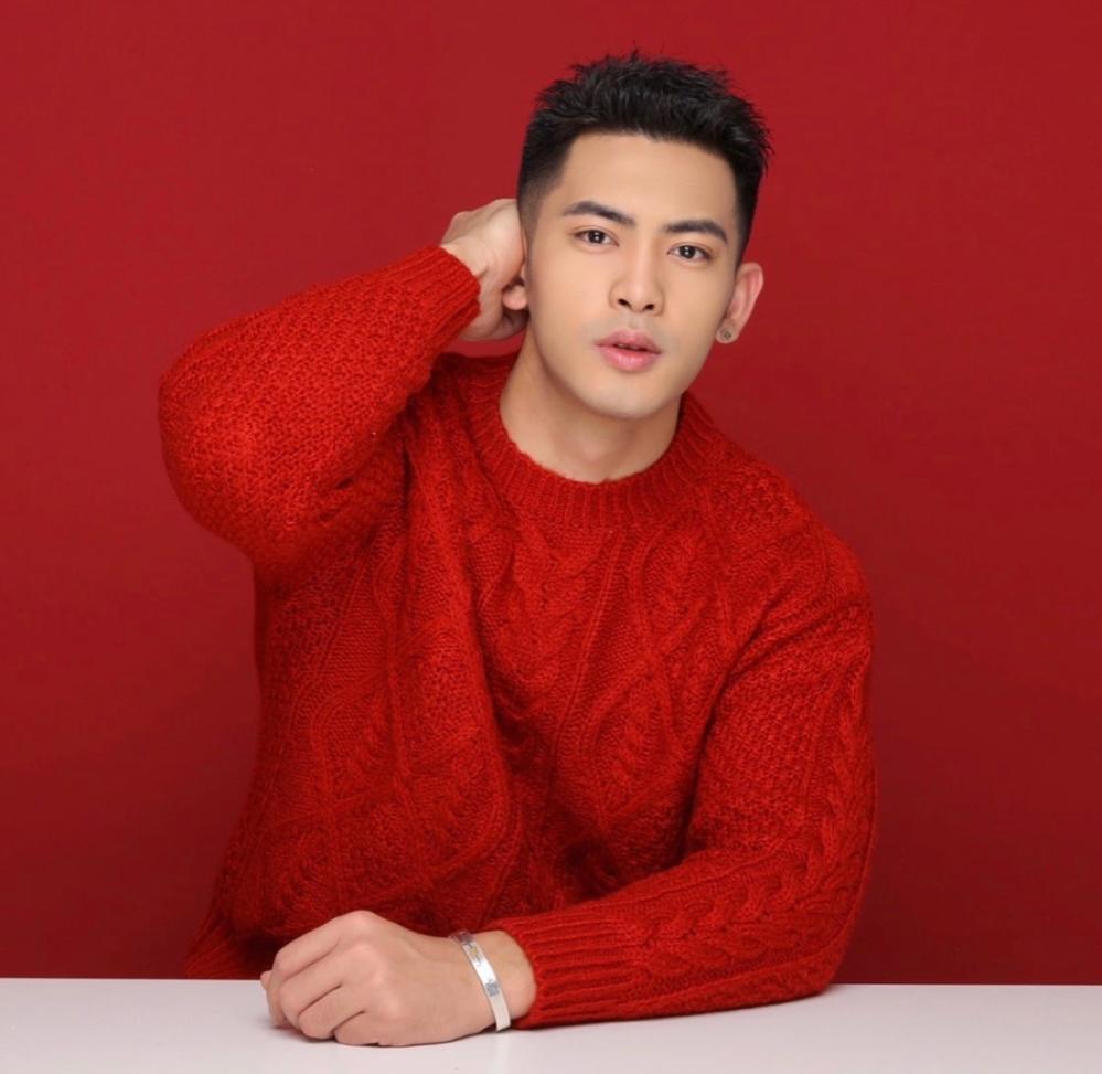 中国かシンガポールとかの俳優さんかモデルさんだと思われるんですけど、どなたかわかりますか??