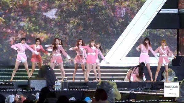 K-POPのステージで、この写真のステージはどのグループのいつのライブか分かる方いますか?