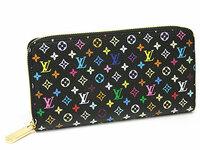 男がヴィトンのモノグラム・マルチカラーを使うのは、、、 男がヴィトンのモノグラム・マルチカラーを使うのはどう思いますか?ヴィトンから出してるメンズの財布はどれも定番すぎてパッとしません><(皆持...