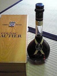 この古酒の価値を教えて下さい。  COGNAC GAUTIER コニャック ナポレオン ゴーティエ  オークション相場など・・・。  よろしくお願い致します。