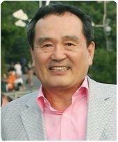 韓国俳優のパクイナン(インファン)さんは 韓国ドラマで色々な父親役で出ているけど あなたから見てどの作品の父親役が好きですか?  ①ハッピー・トゥギャザーのキム・ハヌルの父役 ②クッキのキム・サンフ...