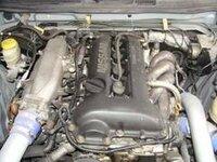 シルビア詳しい方に質問ですが、これはS14、15、どちらのエンジンでしょうか? 画像のみで判断は難しいと思いますがよろしくお願いします 。 またS15の6速はS13やS14に換装することも可能でしょうか?