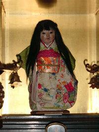 お菊人形にぴったりなヘアスタイルはありますか?