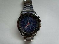 時計の名前が知りたいのですがわかりません。 メーカーはstainless steel backと書いてあるのですが検索してもわかりません。 もしかしたら偽物と疑っています。 この時計の名前を教えてください。