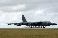 戦略爆撃機富嶽 アメリカのB52ストラトフォートレスは1950年代の機体ながら、2045年まで現役だそうですけど、もし日本が富嶽を開発していて戦後核戦力の一角として運用していたら何年まで富嶽(とその改造機)は現役足りえたでしょうか?   B36とかから推測すると。