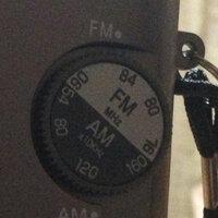 ラジオの選局の仕方がわかりません! 懐中電灯付きのラジオを買ったのですが、AMの周波数についてなんですが、ダイアルには54KHz 80KHz 120KHz 160KHzしかありません。なので文化放送1 134KHz ニッポン放送1242KHZ ラジオ日本1422KHzの合わせ方がわかりません。