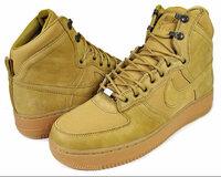 アマゾンや楽天など、大手ショッピングサイトに出店しているショップの商品の偽物はありませんか? ショッピングサイトに出店していない、通販サイトは偽物が多いの?  ナイキの靴を探しています。