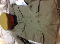 この前の質問の憲兵のカッコですが、軍帽と軍服の色の差が結構あるんですが、このままでも、かっこ悪くないでしょうか?同じ色を買い直した方がいいのでしょうか?