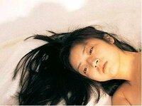高岡早紀は美人なのでしょうか?下の画像を見てるとそうは思えないのですが、