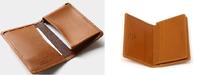 名刺入れのデザインとサイズ、機能性 (Whitehouse Cox)  プレゼント用の名刺入れのデザインとサイズを、2つで迷っています。 一方は、W11.5×H8×D2cmで、マチ付きポケット1、ポケット1です。(S7412) もう一方は、W10.5cm×H7cm×D1.5cmで、マチ付きポケット1、カードポケット4、ポケット1、外側ポケット1です。(SR2380) プレゼントする相...