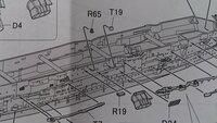 フジミ空母加賀製作中ですが 現在、フジミの1/700空母加賀を製作中ですが、パーツの取り付け位置がよく分かりません。 組み立て図6の右舷の取り付け(1)のT19です。 この図のままだと、S17と被ってしまうのではと思います。  製作済みの方、よろしくお願いいたします。
