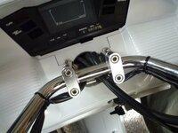 HONDAフュージョンのハンドル部分の隙間に六角レンチが入ってしまいました! HONDAフュージョンのハンドル部分の隙間に六角レンチが入ってしまったのですが走行に問題はあるのでしょうか? 自分のバイクではない...