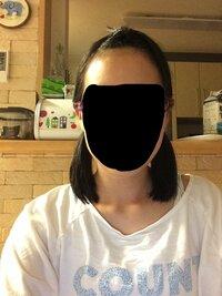 中学生の女子に質問です。 この髪型はきもいですか。体育祭の本番だけこの髪型にしようと思います。 なぜかと言うと、一つで結ぶと、前髪をあげているので女の子のらしくないし髪が落ちてくるからです。 ぶりっ...