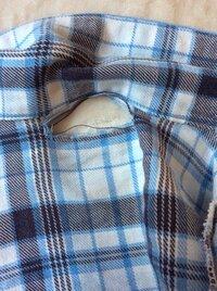 フランネルパジャマの補修方法を教えて下さい。  パジャマの後ろの部分の布が弱って大きく穴が空いてしまいました。 まだ着られる状態なので補修したいのですが、どう縫ったらいいでしょうか?