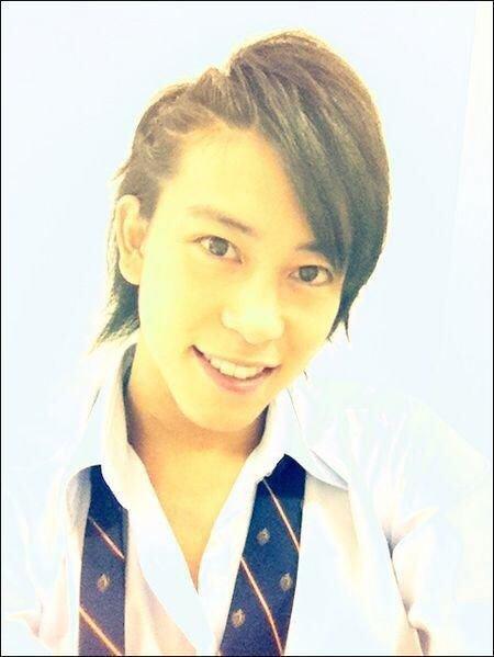 佐野岳の髪型ってなんてゆう髪型ですか?教えてくださいお願いします。