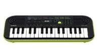 カシオ 電子ミニキーボードについて 学校での空いた時間、作曲や伴奏とかをしたいなと思い、小さめのピアノが欲しくて、カシオの電子ミニキーボードを見つけたのですが、 32鍵盤(グリーン)がいいのか、44鍵盤(オ...
