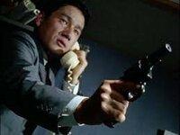 ウルトラセブン 第36話「必殺の0.1秒」で、  ソガ隊員が使用した拳銃を教えて下さい。  よろしくお願いします。