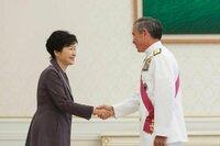 日韓関係の改善は、おそらく北朝鮮問題のためです。  6月3日のラッセル米国務次官補の発言。 http://detail.chiebukuro.yahoo.co.jp/qa/question_detail/q11146336231  6月9日にハリス司令官が朴大統領と密談。 ------- U.S. Pacific Commander vows strong response to...