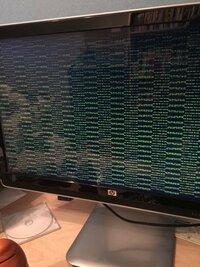 Windows7のpcのシステムが突然、クラッシュして写真のような画面でかたまり、システムエラーリカバリーの画面から進まない状況です。 復旧方法を教えてください。