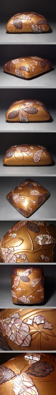 尾形光琳の蒔絵硯箱の真贋につき教えてください。 どうでしょうか? 底部には「法橋光琳」(尾形光琳)の銘が 旧蔵者時代箱付 き。(贈・石川一衛と落款)