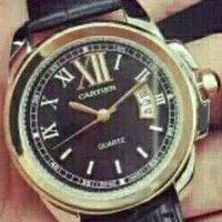 カルティエの腕時計に詳しい人教えてください。このモデルを教えてください。
