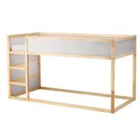 IKEA のKURA(キューラ)というベッドを使っている方に質問です。 高校生が写真のような形で使っても大丈夫な強度でしょうか? また、実際に高校生でこれを使っている方がいらっしゃいましたらお声をお聞かせください。  IKEA 家具