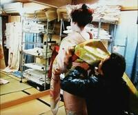 動画付で舞妓さんのだらりの帯の着付けシーンがある方いらっしゃいますか?