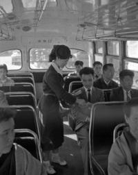 バスの車掌が廃止になったのは今から何年前なでしょうか?