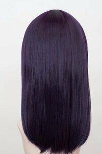 ヘアカラーについて質問させてください  髪を添付画像のような黒紫にしたいです 美容院に行って相談するのが一番だとは思うのですが、回答いただけるとありがたいです 現在の私の髪は、黒に近いこげ茶です(染髪したのが色落ちして今の色になりました) ブリーチはしていません  そこで、以下の質問です 1、添付画像のようなカラーにする場合、ブリーチは必要か 2、セルフでする場合、どのように...