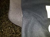 ポロシャツを染め直し又はビールに漬けたことありますか? 仕事のポロシャツなんですが、首のところだけ色が褪せてしまいました。 なるべく裏返して陰干しはしていたのですが。 お客様の前にも立ちますのでだらさ...