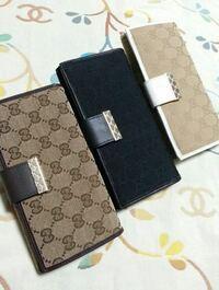 グッチ 財布 このようなタイプは公式で実際にあるのでしょうか?