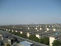 日本最初の住宅団地第一号は埼玉県草加市の「松原団地」ですか? 注.東武伊勢崎線の「松原団地」駅は2017年4月1日に「獨協大学前」(草加松原)駅に変更されました。