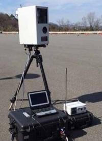 移動式オービス LSM-300 は、夜間の取り締まりで「光るのか? 」 または「光らなくても撮影できるのか」を、知識のある方、ご教示願います。 (LSM-300 は、三脚式の可搬型オービスですのようです)