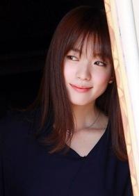 韓国の女優ハン・ヒョジュって可愛くないですか?それ以上に可愛い人っていますか? 知っていたら教えて欲しいです