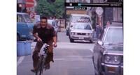 横断歩道を横断中に頻繁に出くわす 信号無視をする自転車  あと何年すれば解消されるのでしょうか? それともいつまでも 無視することが当たり前化 し続けるのでしょうか  政府(警察)としても対策はたてて...