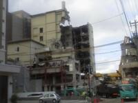 解体中の鉄筋コンクリート造の廃墟ですが、コンクリートの残骸はどう利用されますか?