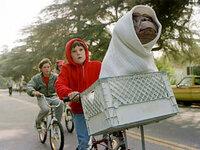 【てんぷら☆映画復活祭】Scene #15  このワンシーンで、素敵なボケをいただけますか?(・▽・)  ※『E.T.』より