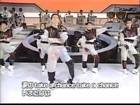 口パクの元祖は誰? 風見慎吾さんの涙のtake a chanceですかね? この曲は1984年末頃の曲です。 それ以前に口パクをした歌はありましたか?