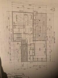 建築CAD検定2級の試験に関して、写真のような図面を作図する際に、浴室とか、キッチンとか、トイレやシューズクローゼットを、書くと思うんですが、それらを書いたら、壁に、線が、重なりますよね?重なった線は...