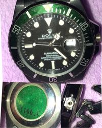 古いロレックスに詳しい方教えてください!  今引越しで荷物作り兼断捨離をしていたら腕時計があり古いから不燃物の袋に入れチラッと見たらクラウンマークがあり、なんか見たことあるなー と 思い拾い上げると...
