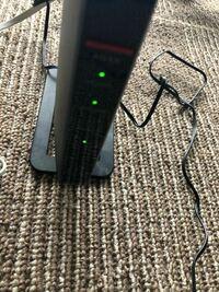インターネットランプがつきません。 BUFFALOのWSR-1166DHP3/MBKです。  本日Wi-Fiの工事をしてもらったのですが、インターネットランプがつきません。  何か設定をした方が良いのでしょうか